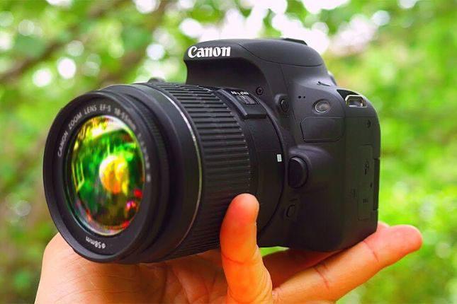 camara-reflex-dslr-para-principiantes Cómo ganar DINERO con la FOTOGRAFÍA [2021]